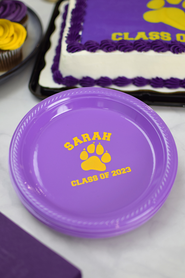 7 inch plastic cake plates are custom printed with the graduation mascot of your choice and : custom plastic plates - Pezcame.Com