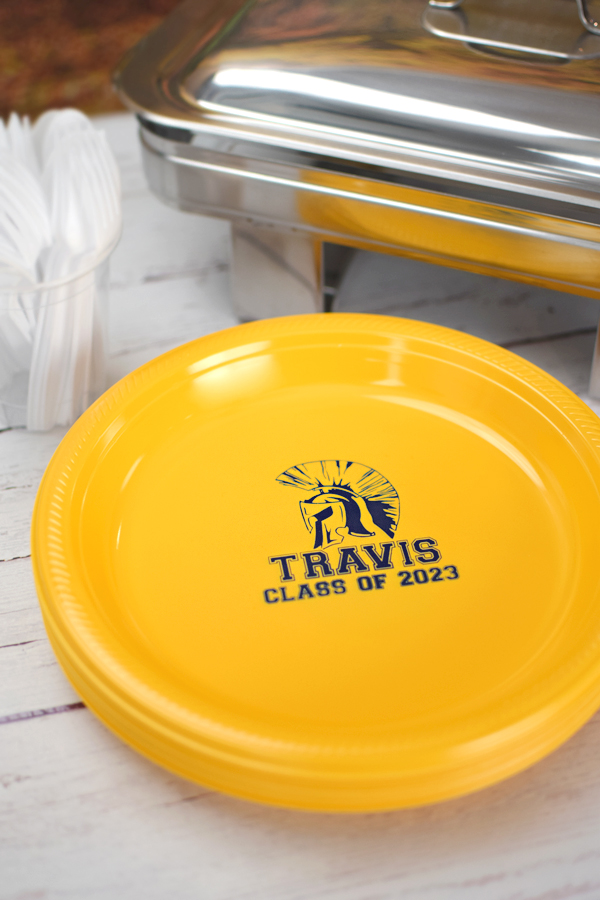Show off your school mascot proudly. Personalized 10 inch plastic dinner plates are custom printed with the graduation mascot of your choice and up to three lines of text. Great for buffet lines and for serving dinner to guests.