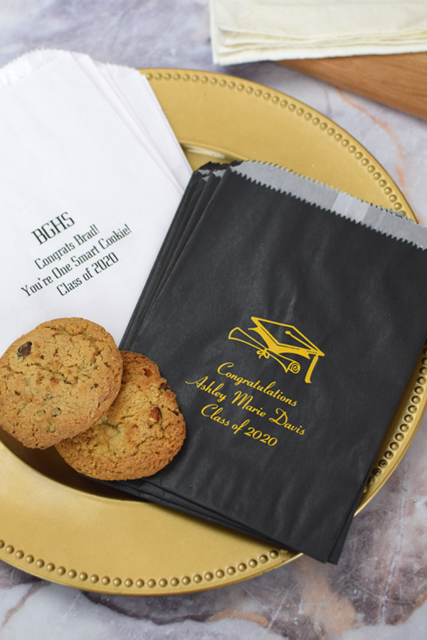 Decorate your graduation smart cookie bar or candy buffet with these custom printed wax lined favor bags.  Featuring a grease resistant, glassine lining on the inside.  Ideal for candy, chocolates, cookies, brownies, and more.