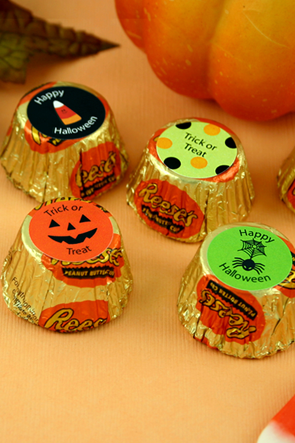 Personalized Halloween Hershey's Reeses® Favors