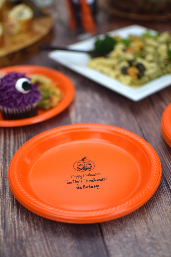 Halloween Party Custom Printed Plastic Dessert Plates & Halloween Party Plates | Personalized Plastic Cake u0026 Appetizer | TippyToad